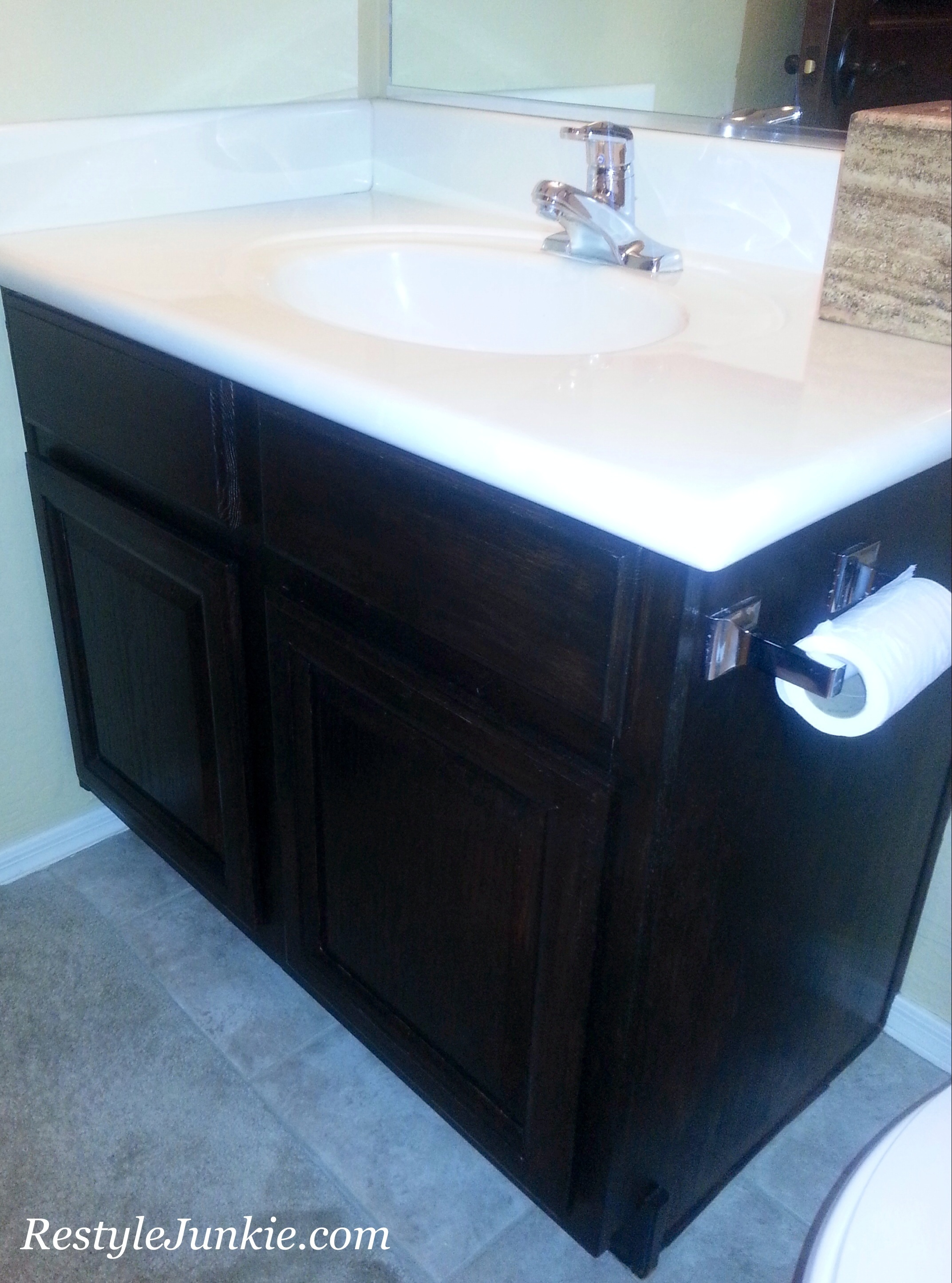 The 1990\'s Called and Said it was OK to Restyle Your Oak Vanities ...